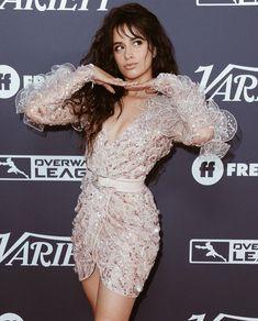 Camilla, Amazing Women, Beautiful Women, Corte Bob, She Is Gorgeous, Grunge Outfits, Woman Crush, Scarlett Johansson, Selena Gomez