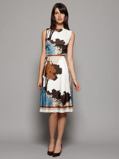 Dolce & Gabbana. I want! Have to have it!