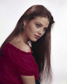 Ornella Muti Ornella Muti, Hollywood Actresses, Actors & Actresses, Vintage Beauty, Flash Gordon, Most Beautiful, Gorgeous Women, Beauty Women, Claudia Cardinale