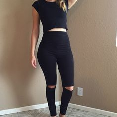 Cut Out Knee High Waisted Leggings High waisted leggings. Cut out knee detail. True to size. Model is wearing a small. Available in S-M-L. No trades. 10% discount on all bundles made with the bundle feature. No offers will be considered unless you use the make me an offer feature.      Please follow  Instagram: BossyJoc3y  Blog: www.bossyjocey.com Pants Leggings