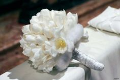 I #bouquet bianchi ispirano un romantico candore ... Better Day, Bouquet, Best Day Ever, Wedding Planner, Dream Wedding, Wedding Planer, Bouquet Of Flowers, Bouquets, Floral Arrangements