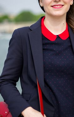Les Bords de Seine // Navy and red were meant to go together !