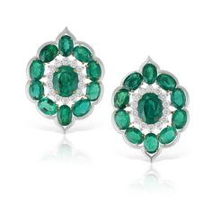 Saffronart Fine Jewels and Silver, A PAIR OF EMERALD AND DIAMOND EAR CLIPS