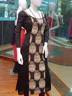 Kurti has become the women and girls most favourite style statement to look stylish with the charming traditional look. These classy yet trendy kurtas are Salwar Pattern, Kurta Patterns, Dress Patterns, Churidar Designs, Kurta Designs Women, Dress Neck Designs, Saree Blouse Designs, Kurtha Designs, Kalamkari Dresses