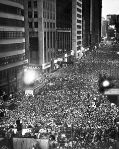Billy Graham crusade in Times Square 1950. Oh that we could see this again at that location instead of a bunch of drunks cheering to see a ball drop.