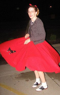 Did you own a poodle skirt? Or perhaps your mother or grandmother spoke of her own poodle skirt. They were a huge fashion sensation in the 1950's. Learn about what made them so popular.  http://www.bubblews.com/news/801713-the-1950039s-fashion-statement-the-poodle-skirt