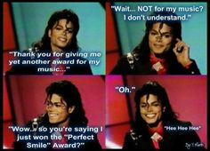 """If there were """"Perfect Smile Awards"""" Mike would have won is year after year! His smile is priceless and tooootaly irresistible!!! <3 <3 <3"""