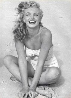 Marilyn Monroe.. STUNNING!!! Wow❤️