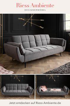 Grade im Wohnzimmer solltest Du Dich besonders wohl fühlen, denn hier verbringt man ohne Frage einen Großteil seiner Zeit Zuhause. Ein bequemes Sofa ist hier das Kernstück und wird schnell zum unangefochtenen Lieblingsstück. Unser großes Schlafsofa BOUTIQUE lädt zum Verweilen und Entspannen ein und versprüht dank seines eleganten Samtbezugs in Grau und den schwarzen Füßen ein elegantes Retro-Flair welches gleichzeitig besonders behaglich wirkt. Sofa Couch, Retro Look, New Homes, Boutique, Design, Furniture, Home Decor, Environment, Comfy Sofa