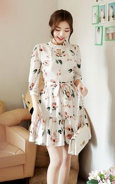Image shared by Amber P. Find images and videos about fashion, dress and flower on We Heart It - the app to get lost in what you love. Modest Dresses Casual, Stylish Dresses For Girls, Stylish Dress Designs, Designs For Dresses, Simple Dresses, Short Dresses, Floral Dress Outfits, Korean Fashion Dress, Indian Fashion Dresses