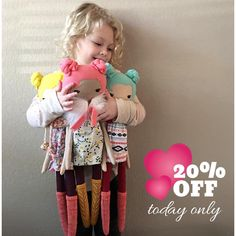 Happy Sunday!! Use the same HAPPYHOLIDAYS coupon code all weekend. ❄️️ This sale includes all available made-to-order dolls and I promise to do a happy dance with this cutie 👆 every time a doll is sold! All of this seasons profits are going directly to her big girl bed and new room! (We're moving into a new apartment in 2 weeks 😬😅) #iloveyouspidersandbats