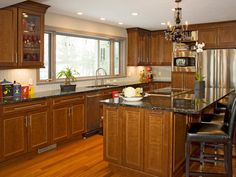 HGTV has inspirational pictures, ideas and expert tips on classic kitchen cabinets to show you a versatile cabinet design that works in many kitchen styles. Tuscan Kitchen, Beautiful Kitchen Cabinets, Cherry Cabinets Kitchen, Interior Design Kitchen, Kitchen Cabinet Styles, Kitchen Renovation, Kitchen Design, Kitchen Window Design, Kitchen Cabinets Pictures