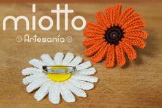 Daisy Crochet Brooch | Broche Margarita a Ganchillo