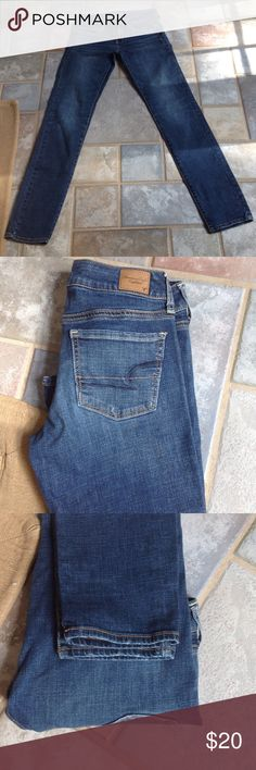 """American Eagle Skinny jeans Super stretch excellent condition. 31 """" inseam American Eagle Outfitters Jeans Skinny"""