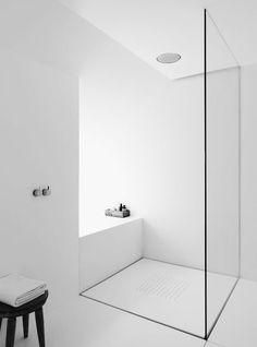 COCOON minimalist design for the bathroom design of high quality stainless steel . - luxury - COCOON minimalist design for the bathroom design of high quality stainless steel … desi - Villa Design, Design Hotel, Home Design, Design 24, Minimalist Bathroom Design, Bathroom Design Luxury, Minimalist Design, Minimal Bathroom, Modern Minimalist