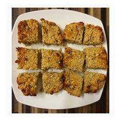 White chocolate and coconut flapjacks. 3pp on Weight watchers each. 260g of oats 3 eggs 20g of coconut  30g of golden syrup (or you can use sweet freedom honey for 0pp) Sweetener  1 sachet of options white hot chocolate  2 apples   Peel and chop the apples and stew them in water and sweetener until soft and then blend to make an apple sauce Add the apple sauce and the 3 eggs to the dry ingredients and mix everything together  Bake them on gas mark 6 / 200degrees for 20-23 minutes!