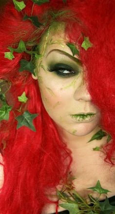 Poison Ivy look by Makeup Your Jangsara. looks like she just ate some ivy. Theme Halloween, Halloween Cosplay, Halloween Make Up, Halloween Costumes, Halloween Face Makeup, Halloween Ideas, Disney Costumes, Poison Ivy Halloween Costume, Halloween Tutorial