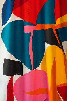 We love the 'Valikausi' fabric by Marimekko