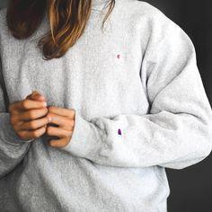 Favorite sweater rn • • • #ootd #outfitoftheday #lookoftheday #fashion #style #currentlywearing #lookbook #wiwt #whatiwore #whatiworetoday #ootdshare #outfit #wiw #todayimwearing #outfitpost #fashionpost #todaysoutfit #trendofpeople #cafestil #snobshots #minimalmovement #mydailystreet #simplefits #trendpig #bestofstreetwear #backtominimal #lavishfashion #outfitplace #streetnotoriety #minimalmovement