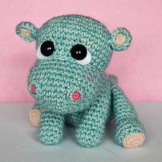 Little hippo free pattern Crochet Hippo, Crochet Elephant, Crochet Patterns Amigurumi, Crochet Animals, Crochet Toys, Irish Crochet, Diy Crochet, Crochet Baby, Baby Kind