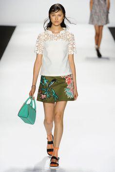 Skirt: 4.7 || Vivienne Tam       :: :: ::       Blouse: 3.4 || Vivienne Tam       :: :: ::       Purse: 3.6 || Vivienne Tam