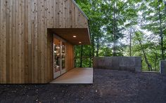 Tiny-Guest-Space-Cottage-on-Lake-George-NY-6