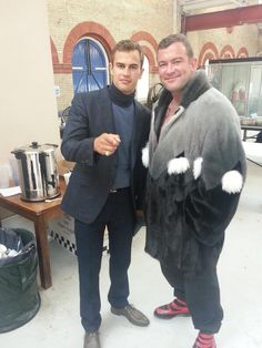 Lee Charles‏: Hanging with Theo James #londonfields loving my coat haha (via twitter, from the London Fields set!)