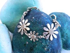 Vintage Bracelet  Silvertone Daisy Chain by ReTainReUse on Etsy, $16.00
