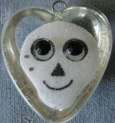 Smile Skull Heart Pendant black and white by janissupplies on Etsy, $6.00