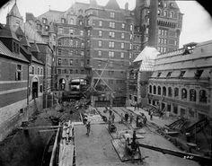 Travaux de construction du Château Frontenac, 2 août 1921. Archives de la Ville de Québec, N017195