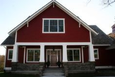 Traditional Exterior Design, Pictures, Remodel, Decor and Ideas - page 71 Exterior Siding Colors, Exterior Paint Colors For House, Paint Colors For Home, Exterior Design, Craftsman Columns, Craftsman Porch, Craftsman Exterior, Craftsman Style, Red Paint Colors