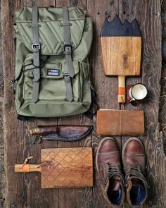 Mountains and Grid. To big expedition or little trip. Outdoor Food, Outdoor Cooking, Camping Gear, Bushcraft, Bradley Mountain, Road Trip, Photo And Video, Cutting Board, Grid