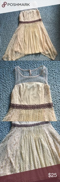 Anthropologie Lace Ivory dress size M Excellent condition, no tears or stains, from a pet and smoke free home Anthropologie Dresses