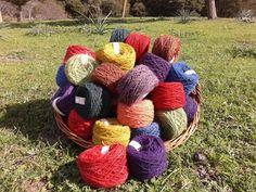 Gomitoli di lana di pecora sarda, 5 gomitoli da gr. 100 cad.
