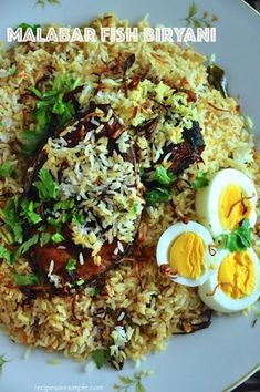Biryani at its best - Delicious Malabar Fish Biryani? This is a very simple Biryani that tastes delicious! The fish is pan fried, prior to layering it with rice. Rice Recipes, Indian Food Recipes, Asian Recipes, Cooking Recipes, Healthy Recipes, Recipies, Asian Foods, Vegetarian Recipes, Briyani Recipe