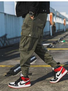 MOO Cargo Pants polyester MaterialElastic waist with drawstringSuitable for Islamic Clothing for MenWhen received the item will show Asian SizeEstimated Delivery from 10 to 21 days Cargo Pants Outfit Men, Joggers Outfit, Fashion Joggers, Sporty Fashion, Mod Fashion, Women Pants, Jogger Pants, Men Street Outfit, Green Khaki Pants