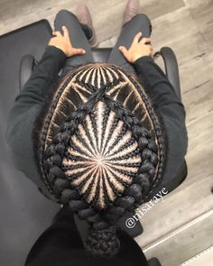 I have an eye for this!✨#mensbraids