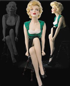 Marilyn Monroe Franklin Mint Doll inspired by the Milton Greene sittings. Celebrity Barbie Dolls, Marilyn Monroe Photos, Marylin Monroe, Franklin Mint, Norma Jeane, Bjd, Barbie World, Ooak Dolls, Vintage Barbie