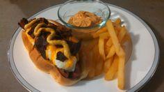 English Bulldog & Fries with Garlic Aioli dipping sauce.