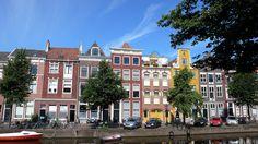 Leiden-17th-century houses along the Herengracht.
