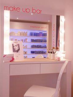 Mon avis sur Qipao Beauty à Caen. L'institut de beauté à petit prix propose des manucures OPI et des soins Carita.