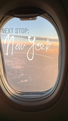 story ideas - New York flying photo Creative Instagram Stories, Instagram And Snapchat, Instagram Story Ideas, Instagram Travel, Shotting Photo, Usa Tumblr, Insta Photo Ideas, Story Inspiration, Character Inspiration