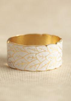Winter leaves bracelet
