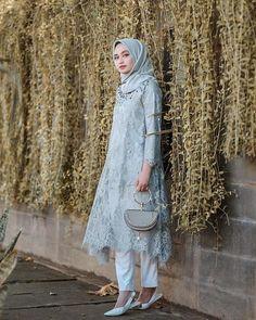 New Ideas Party Dress Ideas Casual Kebaya Lace, Kebaya Dress, Dress Pesta, Dress Brokat Muslim, Kebaya Modern Hijab, Kebaya Hijab, Model Kebaya Muslim, Model Kebaya Brokat Modern, Dress Brokat Modern