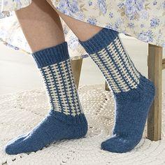 OHJE: Sinivalkoiset sukat