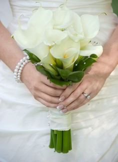 Any brides having an all calla lily bouquet? :  wedding White Calla Bouquet