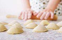 Tutkimus+selvitti:+Mainitse+nämä+keittiötaidot+deittiprofiilissasi+ja+saat+enemmän+matcheja Matcha, Stuffed Mushrooms, Vegetables, Food, Meal, Veggies, Essen, Vegetable Recipes