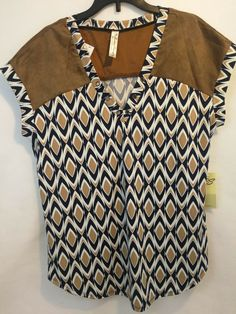 121f6312550a NWT Perseption Concept Boutique Gometric Pattern V-neck Blouse Small Size  #fashion #clothing