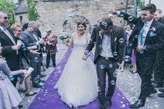Was gibt es schöneres als #Seifenblasen? #Seifenblasen an der #Hochzeit. <3 Foto: Ramona Müller