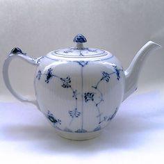 Vintage Royal Copenhagen Blue Fluted Plain Large Teapot 1 259 | eBay